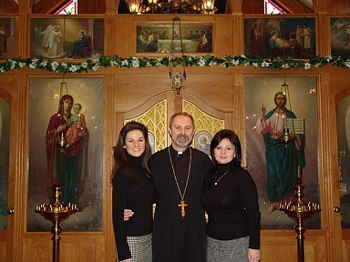 Fr Vladimir, Matushka Anna, and their daughter Anya